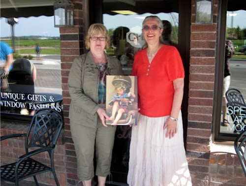 Nancy (left) and Susan (right) in front of Roy Lane Coffee shop in Sioux Lookout, Ontario