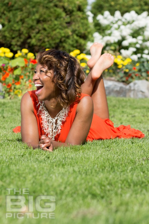 miracle-reed-author-photo-shoot-business-30
