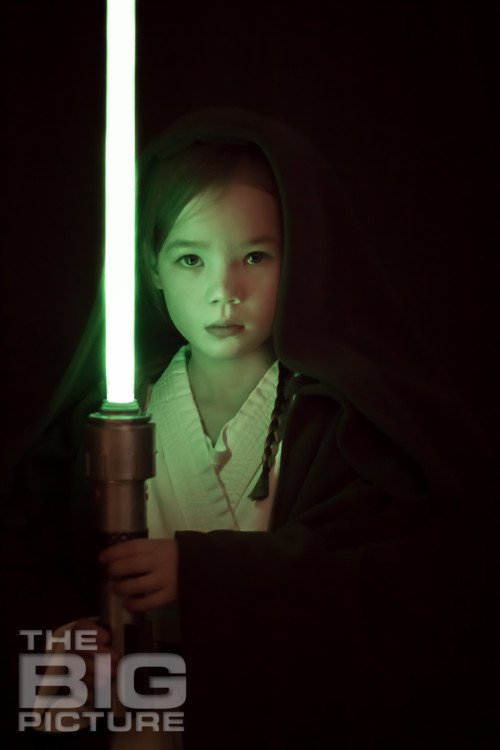 Girl with lightsaber, children's cosplay, girl jedi - Children's Photography