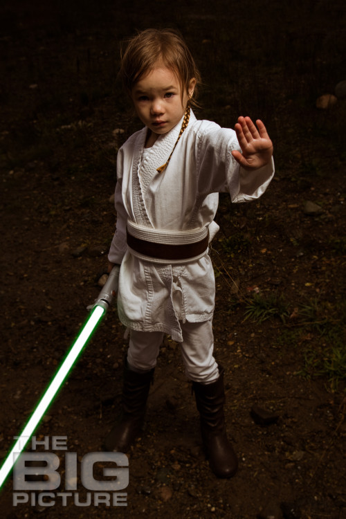 Jade the Jedi, girl jedi using the force holding a lightsaber - Children's Photography